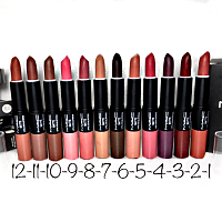 Помада-блеск MAK 2 in 1 Maximum Pro Vitamin Lipstick and Waterproof Lipglos